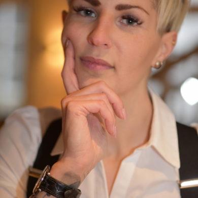 Carina Mennewisch